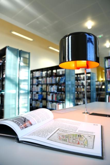 13-Bibliothèque Tours 065
